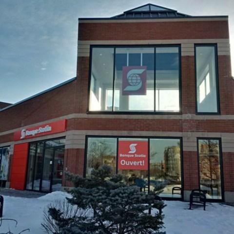 C'est avec fierté que la Banque Scotia a ouvert les portes d'une nouvelle succursale à l'Île-des-Sœurs (Groupe CNW/Scotiabank)