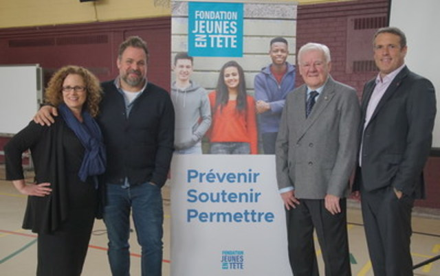 From left to the right : Isabelle Limoges, Executive Director, Fondation Jeunes en tête; Stéphane Bellavance, Radio and TV host and spokesperson; Dr. Yves Lamontane, psyachiatrist and Founder of the Mental Illness Foundation, and Éric Bujold, Chairman of the Fondation Jeunes en tête. (CNW Group/Fondation Jeunes en Tête)