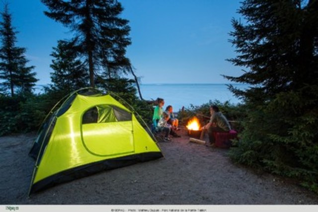 Camping reservations in the national parks of Quebec starts February 11 and 12 (CNW Group/Société des établissements de plein air du Québec)