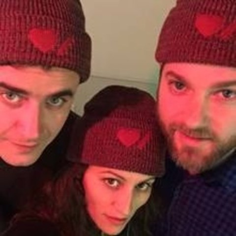Canadian trio Dragonette take a break from rehearsal to show their support during Heart Month by wearing Heart & Stroke Roots toques. (CNW Group/Heart and Stroke Foundation)