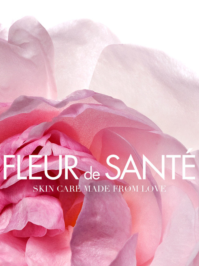 Focused on targeting one of the most crucial skin issues, wrinkles and fine lines, Fleur de Sante Intense Anti Wrinkle & Fine Line Minimizing Serum has put an end to your quest for the best wrinkle reducer. With its potent dose of anti-wrinkle actives enclosed in an exclusive French and Swedish [Malva Rosa] ArcticRose Phyto-StemCell Infusion, this serum precisely targets light and deep creases on the skin. The result? - visibly smoother and firmer skin as confirmed by 100% of women tested!
