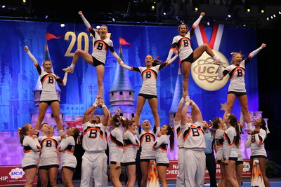 Disney world summit cheer competition - YouTube