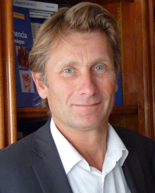Professor François Haab (PRNewsFoto/IXALTIS)