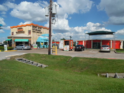 U-Haul Offers 30 Days of Self-Storage to Tornado Victims in Southeast Texas