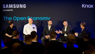 Dr Marie Puybaraud, Roger Enright, Marcos Eguillor and Nick Dawson at Samsung Open Economy Live Debate on 15 Feb 2017 (PRNewsFoto/Samsung)