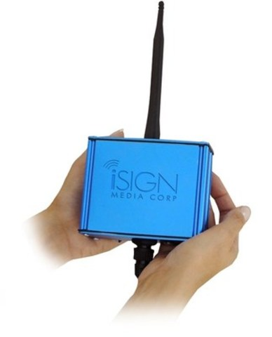 iSIGN Smart Antenna being used at Crocker Park installation (CNW Group/iSIGN Media Solutions Inc.)