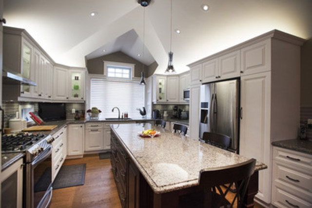 Custom Kitchen Design and Renovation (CNW Group/Inverness Design Build Group Ltd)