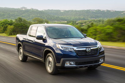 2017 Honda Ridgeline Tops Pickup Trucks in Safety by Earning 5-Star Overall Vehicle Rating from NHTSA (PRNewsFoto/American Honda Motor Co., Inc.)