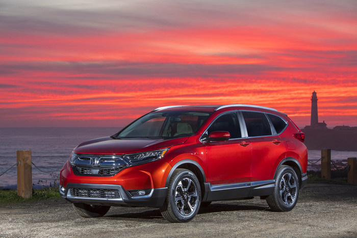 "2017 Honda CR-V, HR-V, Pilot and Odyssey Named ""Best Family Cars of 2017"" by Kelley Blue Book"