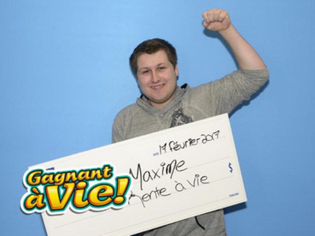 M. Maxime Sanschagrin, de la Capitale-Nationale, a remporté un gros lot de 1 000 $ par semaine à vie de la loterie Gagnant à vie! (Groupe CNW/Loto-Québec)