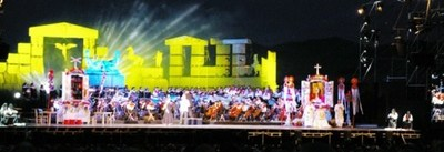 A scene from the 2014 concert at Teatro del Silenzio, sent from our guest Carl Erik.