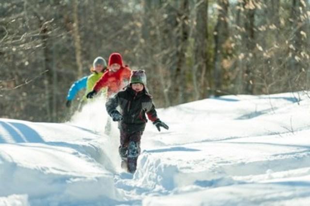 Consider the Sépaq to plan an active school break (CNW Group/Société des établissements de plein air du Québec)