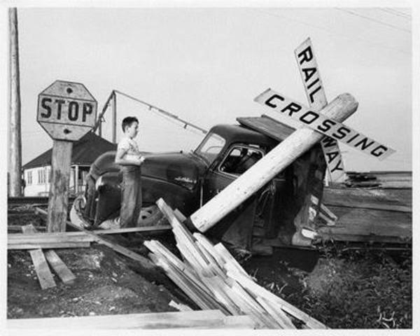 Unknown Photographer (Collision), 1955, Archives of the artist (CNW Group/National Gallery of Canada)