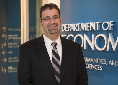 MIT professor Daron Acemoglu won the BBVA Foundation Frontiers of Knowledge Award in Economics, Finance and Management.