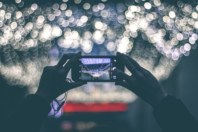The virtual Transcoding Unit (vTU) application is ideal for sharing and caching HD video files at crowded events like concerts. (PRNewsFoto/Italtel)
