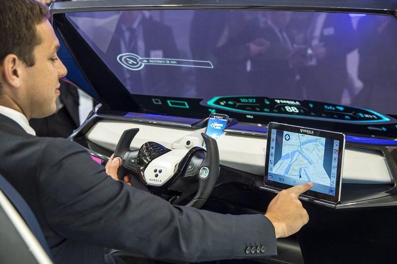 Driver (C) SEGULA Technologies (PRNewsFoto/SEGULA Technologies)