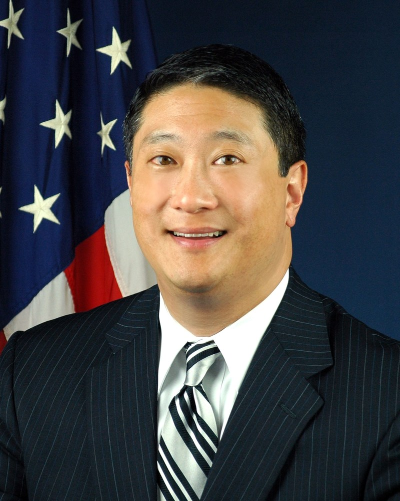 David S. Kim Vice President of Government Affairs Hyundai Motor Company
