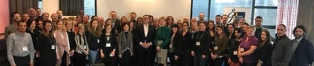 Plus de 50 organismes réunis pour la jeunesse du Québec (Groupe CNW/Réseau des Carrefours jeunesse-emploi du Québec)