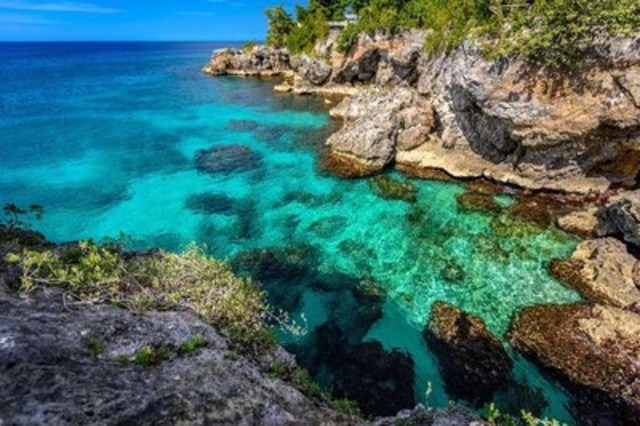 Vacation Express Returns to Nashville with Nonstop Flights to Jamaica