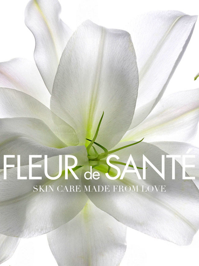 Fleur de Sante exploits the power of flowers to renew and reinvigorate skin. The ultimate antioxidant force of Phyto-Stem- CellTM paired with exclusive Extrait de Champagne or rare Arctic Rose reinforce the skin's natural ability to repair itself and ensure photoaging prevention at the cellular level.