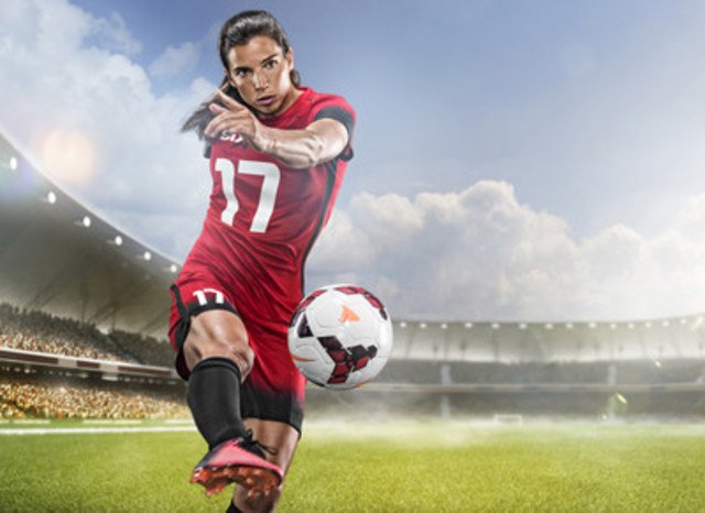 Leading Sports Nutrition Brand, Six Star Pro Nutrition®, Signs Soccer Superstar Tobin Heath (CNW Group/Iovate Health Sciences International Inc.)