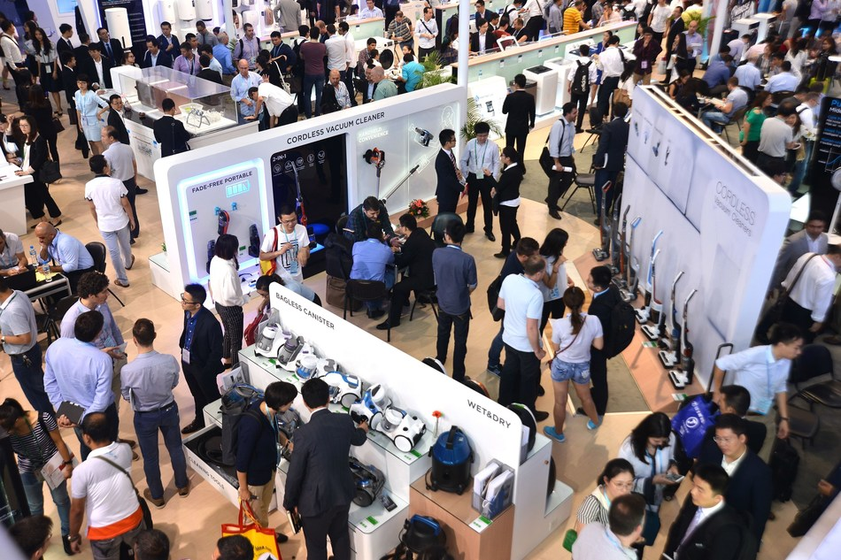 The 121st Canton Fair Sets Sail Again to Bring Emerging Enterprises onto Global Stage (PRNewsFoto/Canton Fair)