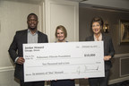 Chicago Bears Running Back Jordan Howard Presents $10,000 Check to Pulmonary Fibrosis Foundation in Memory of His Father