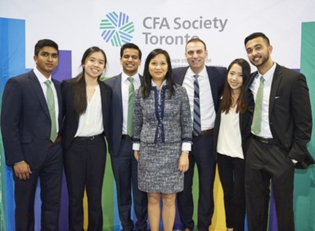 (Left to right: Thinisha Gunasekera; Sophia Chen; Raj Patel; Jeannine Li Chong, CFA;  Steve Balaban, CFA; Judy Dong; and Talha Siddiqui) (CNW Group/CFA Society Toronto)