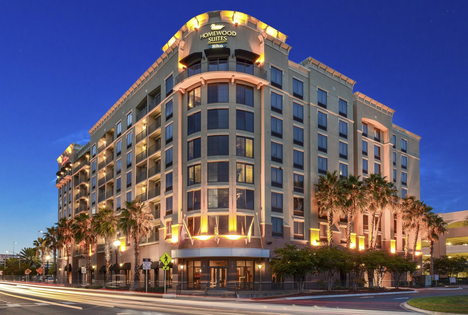Lingerfelt CommonWealth Acquires Hilton Dual-Branded Hotel in Downtown ...
