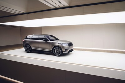 WORLD PREMIERE NEW RANGE ROVER VELAR REVEALED AT THE DESIGN MUSEUM Range Rover Velar Reveal www.media.landrover.com (PRNewsFoto/Jaguar Range Rover)