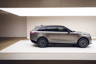 WORLD PREMIERE NEW RANGE ROVER VELAR REVEALED AT THE DESIGN MUSEUM Range Rover Velar Reveal www.media.landrover.com (PRNewsFoto/Jaguar Range Rover)