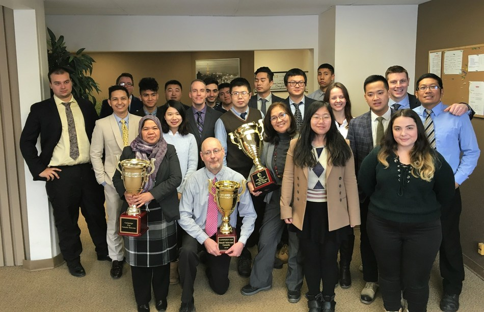 Sales and marketing company VioRR Marketing Group won the prestigious Campaign Cup sales trophy for their outstanding results in the fourth quarter of 2016.