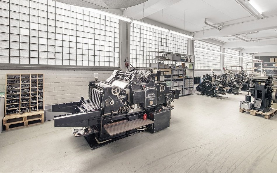 Machinery of Letterpresso letterpress online print shop. Copyright: Letterpresso (PRNewsFoto/Onlineprinters GmbH)