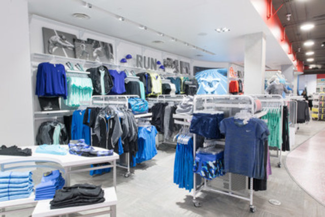 Exclusive to Sport Chek Women, the shop-by-activity store layout provides head-to-toe product offering for all fitness endeavours. (CNW Group/FGL Sports Ltd.)