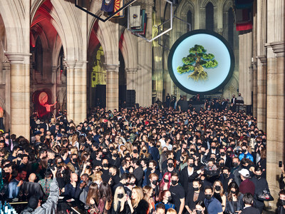 HEAVENSAKE 11th Hour Awareness Performance captured by Massimo Vitali at the 'A Better High' event at The American Cathedral during Paris Fashion Week (PRNewsFoto/HEAVENSAKE)