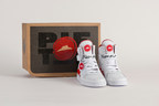 In time for March Madness, Pizza Hut is showing fans how easy it is to get a better pizza delivered with limited-edition Pizza Hut Pie Tops. The first-of-its-kind basketball shoe orders pizza for delivery at the press of a button.