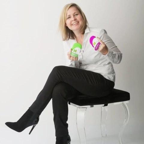 Mompreneur StartUp Award Winner - Melissa Seifert-Hyslop from Burlington, ON (CNW Group/Malarkey Kids – FUNctional Products)