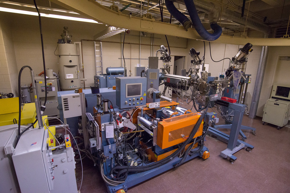 Covestro donated a complete advanced co-extrusion sheet processing unit to Pennsylvania College of Technology. Faculty and students will receive onsite training from Covestro experts. (Photo credit: Penn College).