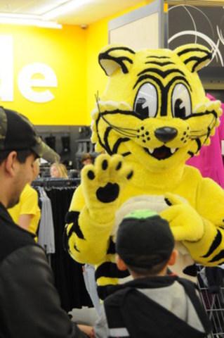 Pour Vous. À Meilleur Prix. (Groupe CNW/Giant Tiger Stores Limited)