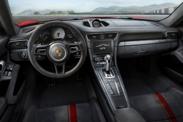 The interior of the new high-performance sports car is tailored to the 911 GT3 driving experience. (CNW Group/Porsche Cars Canada)