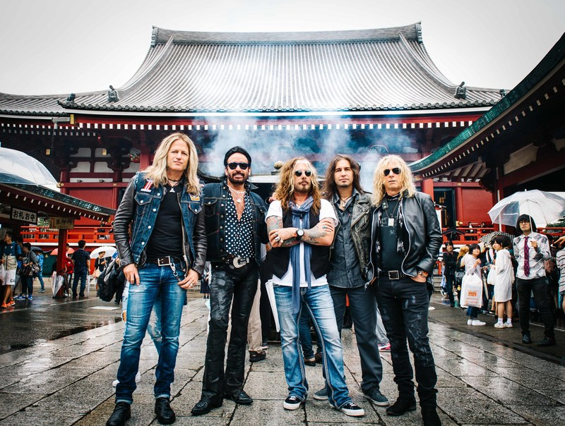 Photo credit: Oliver Halfin / Photo ID from left to right: Doug Aldrich, Marco Mendoza, John Corabi, Brian Tichy, David Lowy