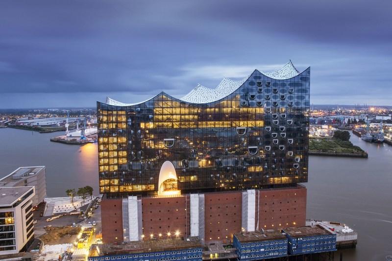 "Elbphilharmonie Hamburg, building includes the recently opened ""Westin Hamburg"" Hotel (photo credit: Thies Retzke) (PRNewsFoto/Hamburg Marketing GmbH)"