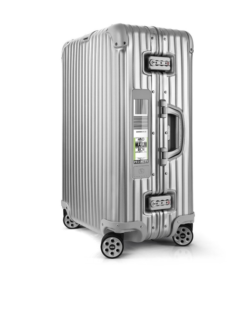 At PTE 2017, RIMOWA Electronic Tag and Materna will present a seamless passenger journey including the first fully integrated digital luggage solution - the RIMOWA Electronic Tag (PRNewsFoto/Materna GmbH)