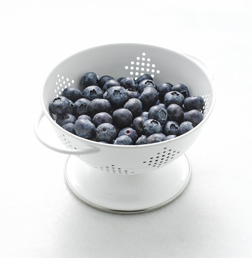 """New research published in the European Journal of Nutrition found that daily consumption of the equivalent of one cup of fresh blueberries, given as 24 g of freeze dried powder, showed positive changes in cognitive function over a placebo. The research, """"Dietary blueberry improves cognition among older adults in a randomized, double blind, placebo-controlled trial,"""" was conducted at the Jean Mayer USDA Human Nutrition Research Center on Aging at Tufts Univ."""