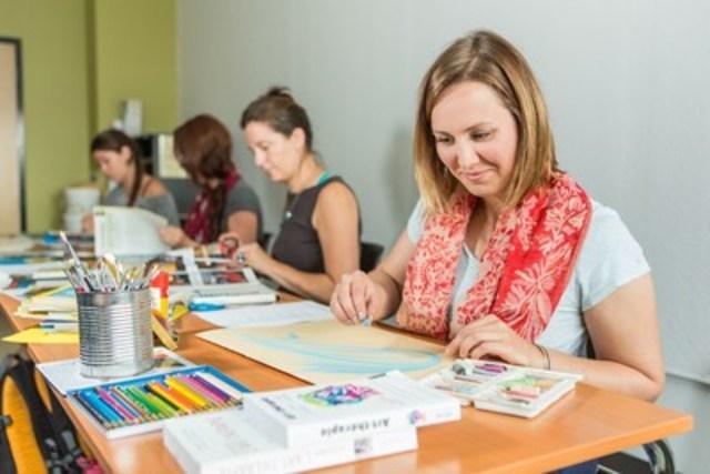 Seule université à offrir des programmes en art-thérapie en français en Amérique du Nord, c'est le 16 mars que l'UQAT tiendra ses portes ouvertes et inaugurera ses nouveaux locaux dédiés à l'enseignement de l'art-thérapie à Montréal. (Groupe CNW/Université du Québec en Abitibi-Témiscamingue (UQAT))