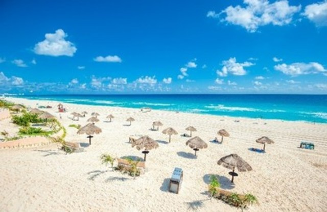 Vacation Express Expands Service to Cancun from New Orleans (CNW Group/Louis Armstrong New Orleans International Airport)