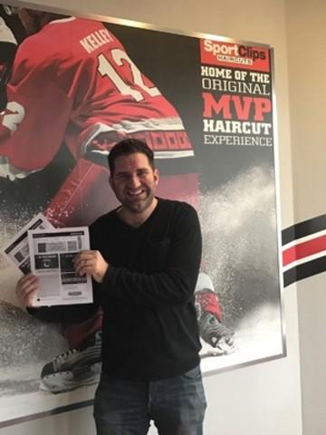 Matthew Janzen, winner of two hockey tickets, Langley, BC. (CNW Group/Sport Clips Canada)