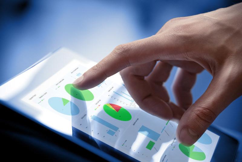 LiveCompare upgrade analysis dashboard
