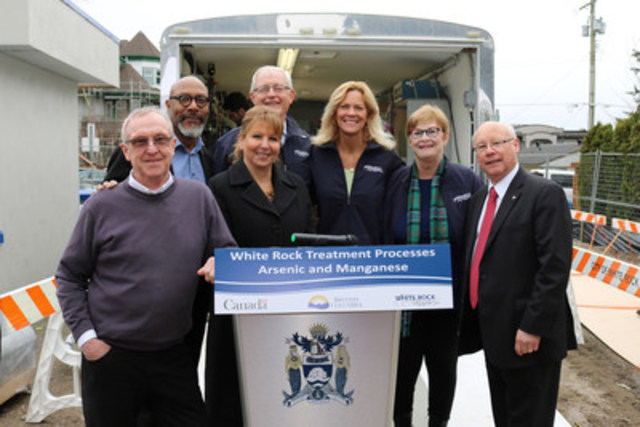 White Rock Mayor Wayne Baldwin (Centre); Left to Right: MLA Hogg, MP Diane Watts, Councillor Bill Lawrence, Councillor Megan Knight, Councillor Lynn Sinclair and MP Ken Hardie at White Rock's Historic Funding (CNW Group/City of White Rock)