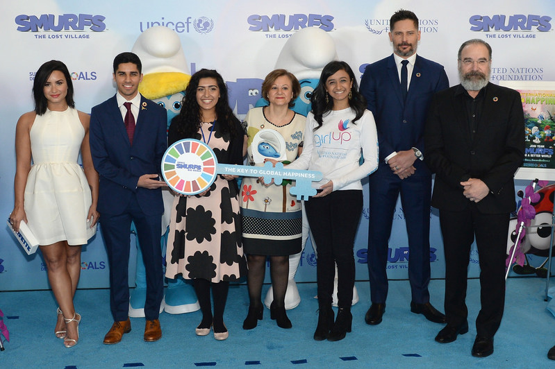 NEW YORK, NY - MARCH 18: (L-R) Demi Lovato, Karan Jerath, Noor Samee, Under-Secretary-General for Communications and Public Information Cristina Gallach, Sarina Divam, Joe Manganiello, Mandy Patinkin at the United Nations Headquarters celebrating International Day of Happiness in conjunction with SMURFS: THE LOST VILLAGE on March 18, 2017 in New York City.  (Photo by Andrew Toth/Getty Images for Sony Pictures)